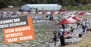 """İstanbul'dan Tatile Gelenlerin Seçim Nedeniyle Gitmesiyle """"Hazar"""" Boşaldı"""