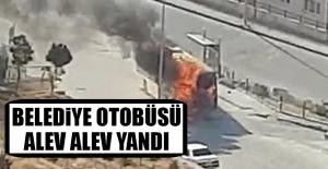 Komşu Şehirde Belediye Otobüsü Alev Alev Yandı
