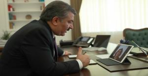 """Sağlık Bakanı Koca'dan """"Yılın Doktoru"""" Gürsoy'a Tebrik"""