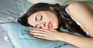 Uzmanlardan Tavsiye: Öğle Uykusu Kalbe İyi Geliyor