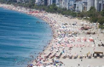Antalya'da turist sayısı 14 milyonu geçti