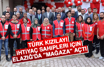 """Türk Kızılayı İhtiyaç Sahipleri İçin Elazığ'da """"Mağaza"""" Açtı"""