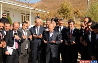 Ulaştırma ve Altyapı Bakanı Cahit Turhan, Bingöl'de