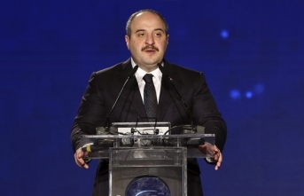 Bakan Varank: Bu Otomobil Fikri Ve Sınai Haklarıyla Türkiye'nindir