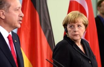 Erdoğan'ın Mültecilerle İlgili Sözleri Merkel'i Tedirgin Etti! Ocak'ta Türkiye'ye Geliyor