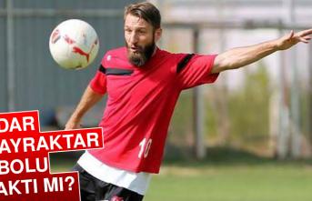 Serdar Özbayraktar futbolu bıraktı mı?