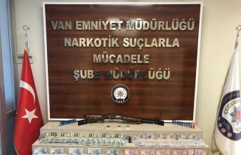 Van merkezli uyuşturucu operasyonunda 17 şüpheli tutuklandı