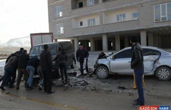 Van'da trafik kazası: 11 yaralı