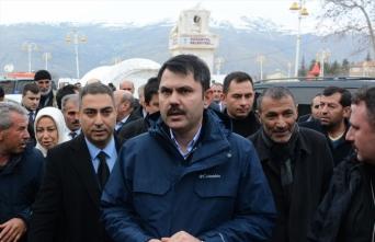 Çevre ve Şehircilik Bakanı Kurum, Doğanyol ve Pütürge'de incelemelerde bulundu: