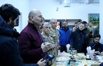 Cumhurbaşkanı Erdoğan, Hakkari'deki askerlerin yeni yılını kutladı: