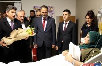 Diyarbakır, Elazığ ve Şırnak'ta yeni yılın ilk bebekleri doğdu