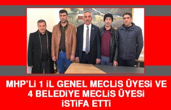 MHP'li 1 İl Genel Meclis Üyesi ve 4 Belediye Meclis Üyesi İstifa Etti