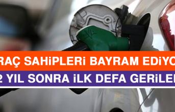 Benzinin Litre Fiyatı 2 Yıl Sonra İlk Geriledi!