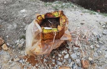 PKK'lı teröristlerce yola tuzaklanan el yapımı patlayıcı imha edildi