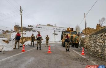 Van'da 41 kişinin öldüğü çığ bölgesinde arama çalışmalarına ara verildi