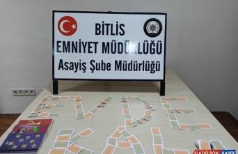 Bitlis'te kumar oynayanlara sosyal mesafeyi ihlalden de ceza kesildi