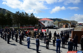 Bitlis'te şehit olan iki asker için tören