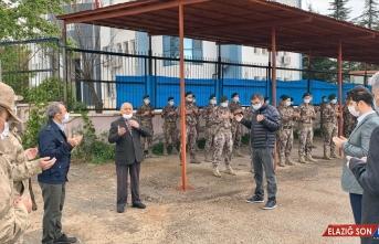 Tunceli'de PÖH timleri dualarla El Bab'a uğurlandı