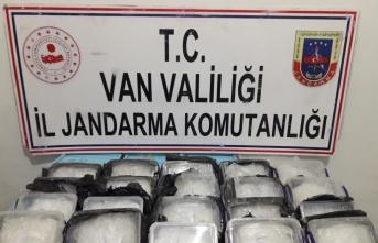 Van'da 17 kilogram uyuşturucu ele geçirildi