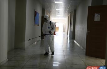 Ağrı'da YKS öncesi okullar dezenfekte edildi