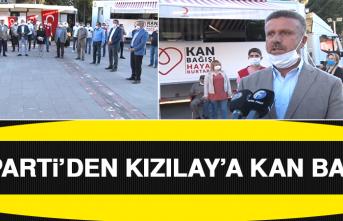 AK Parti'den Kızılay'a Kan Bağışı