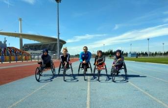 Bedensel engelliler atletizm takımının kadın sporcuları antrenmanlara başladı