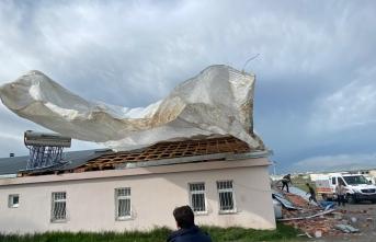 Kars'ta yaşanan hortumun ardından hasar tespit çalışması başlatıldı