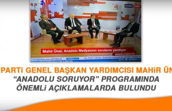 """Mahir Ünal, """"Anadolu Soruyor"""" Programında Anadolu Gazetecilerinin Sorularını Yanıtladı"""
