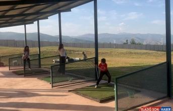 Tunceli'nin ilk golf sahası faaliyete geçti