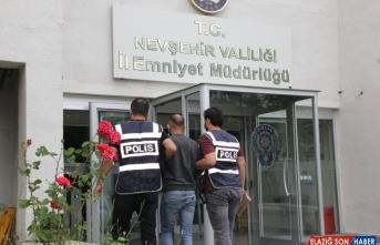 Yurt genelinde çeşitli suçlardan aranan 2 bin 212 kişi yakalandı