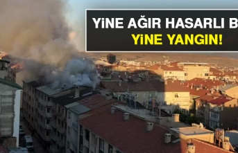 Ağır Hasarlı Binanın Çatısında Yangın Çıktı