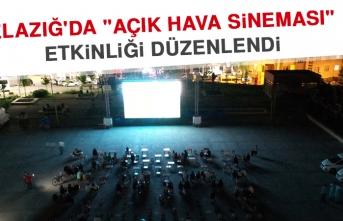 """Elazığ'da """"Açık Hava Sineması"""" Etkinliği Düzenlendi"""