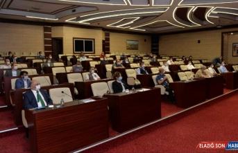 Erzurum Valisi Memiş'ten düğün salonu işletmecilerine Kovid-19 uyarısı: