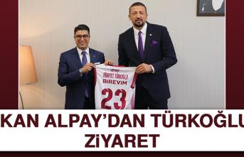 Başkan Alpay'dan Türkoğlu'na Ziyaret