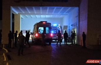 Bitlis'te otomobil ile tır çarpıştı: 2 ölü, 3 yaralı