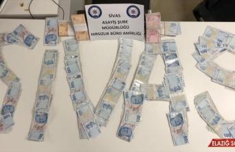 Malatya'da otomobilden gasbettikleri parayla Sivas'ta yakalanan 5 şüpheli tutuklandı