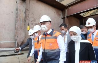 Ulaştırma ve Altyapı Bakanı Karaismailoğlu Malatya'da incelemelerde bulundu