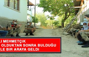 Vefalı Mehmetçik, Kayıp Olduktan Sonra Bulduğu Nineyle Bir Araya Geldi