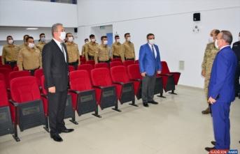 Ardahan'da eğitimlerini tamamlayan bekçiler törenle göreve başladı