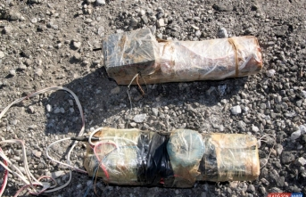Bitlis'te teröristlerce köprü altına tuzaklanmış 300 kilogram patlayıcı imha edildi