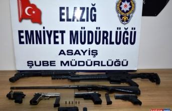 Elazığ'da asayiş uygulamasında yakalanan 14 kişi tutuklandı