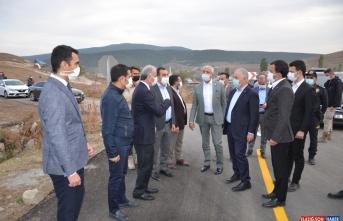 Karakurt HES Barajı nedeniyle yeniden yapılan grup köy yolunda sona gelindi
