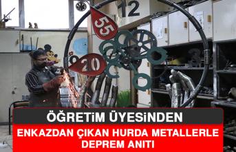 Öğretim Üyesinden Enkazdan Çıkan Hurda Metallerle Deprem Anıtı