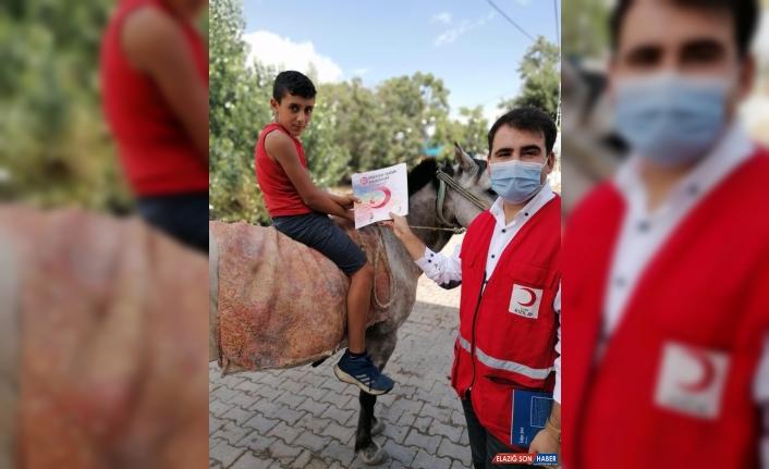 Türk Kızılay gönüllüleri Tunceli'de 1868 çocuğu kitapla buluşturacak