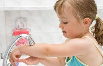 Çocuklar İçin En Sağlıklı Dezenfektan Yöntemi: Su Ve Sabun
