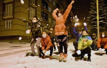 """Çocukların """"kar"""" mutluluğu"""