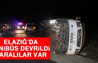 Elazığ'da Minibüs Devrildi Yaralılar Var
