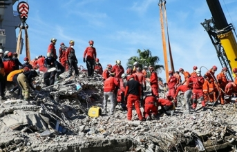 İzmir depreminde can kaybı 115 oldu