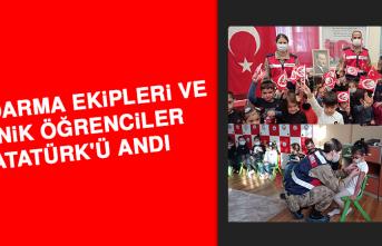 Jandarma Ekipleri ve Minik Öğrenciler Atatürk'ü Andı