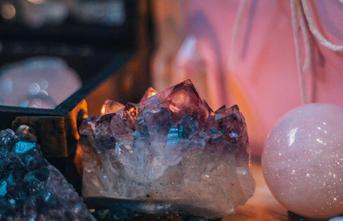 Kristal Terapinin Faydaları ve Kristal Taşları Doğru Kullanmanın Püf Noktaları